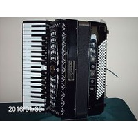 GERARDA 120 BASS PIANO ARTISTA ACCORDION first thumb image